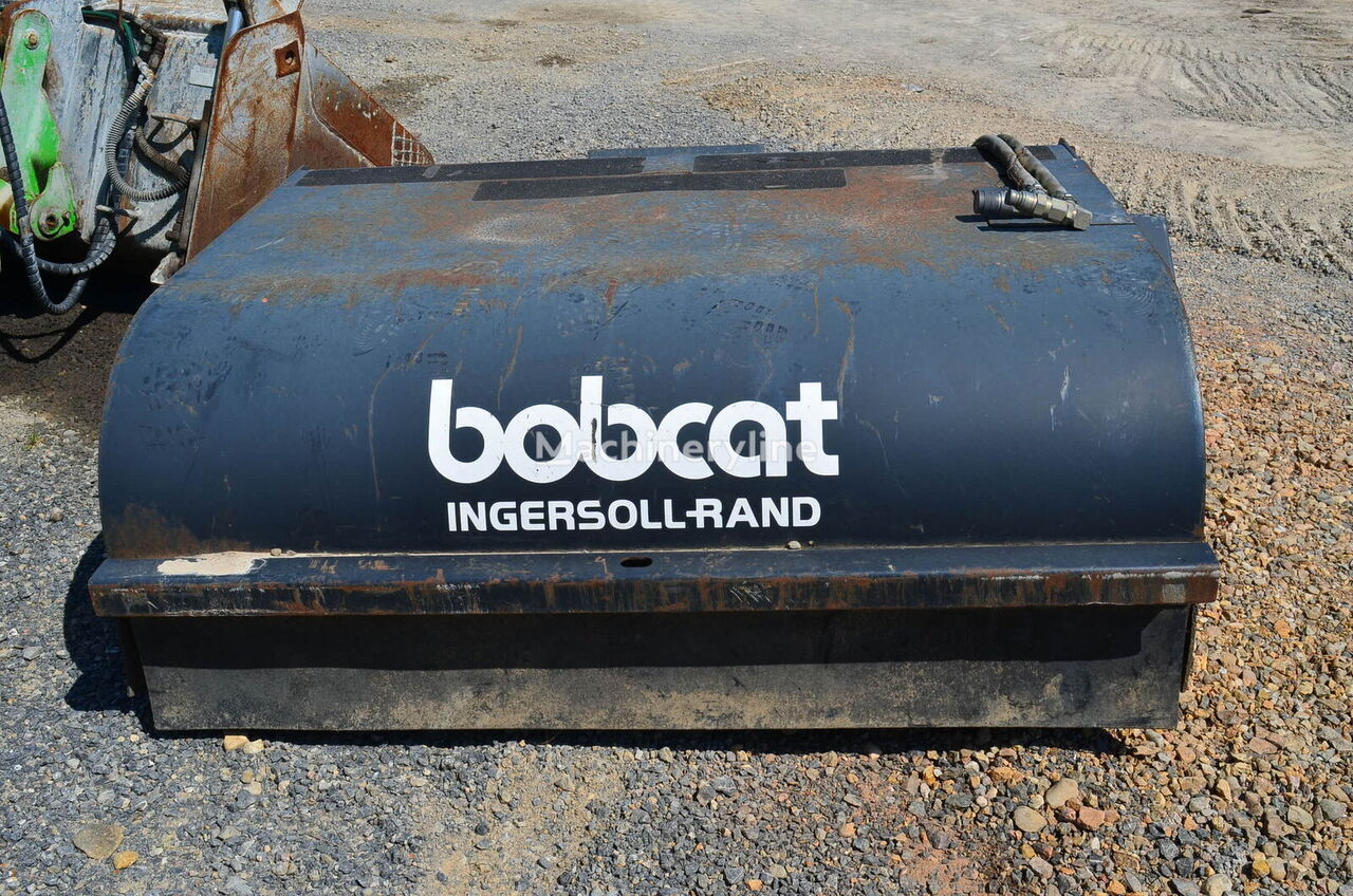 BOBCAT Sweeper 60 cepillo industrial