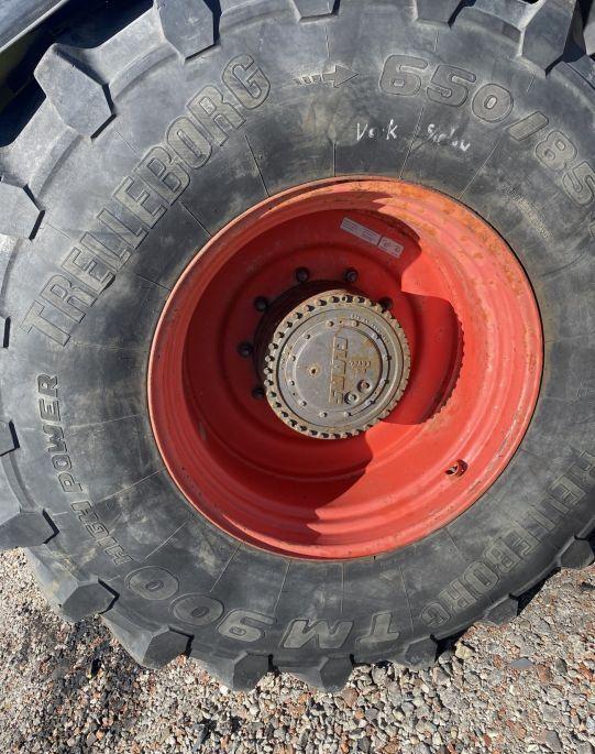 CLAAS Xerion 3300 Trac - Obciążniki contrapeso de tractor