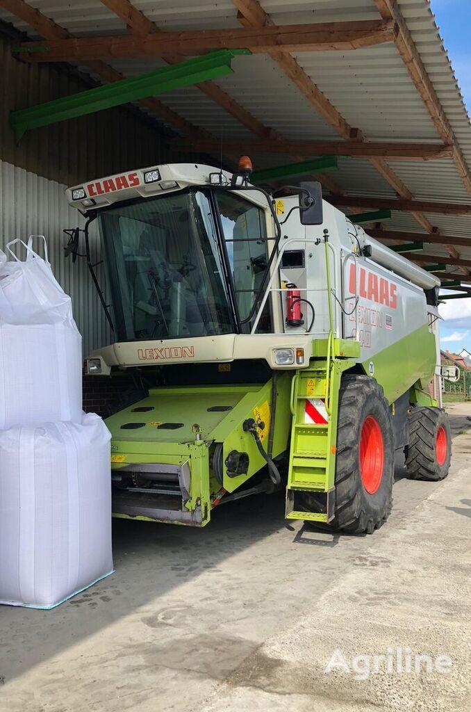 CLAAS Lexion 440 cosechadora de cereales