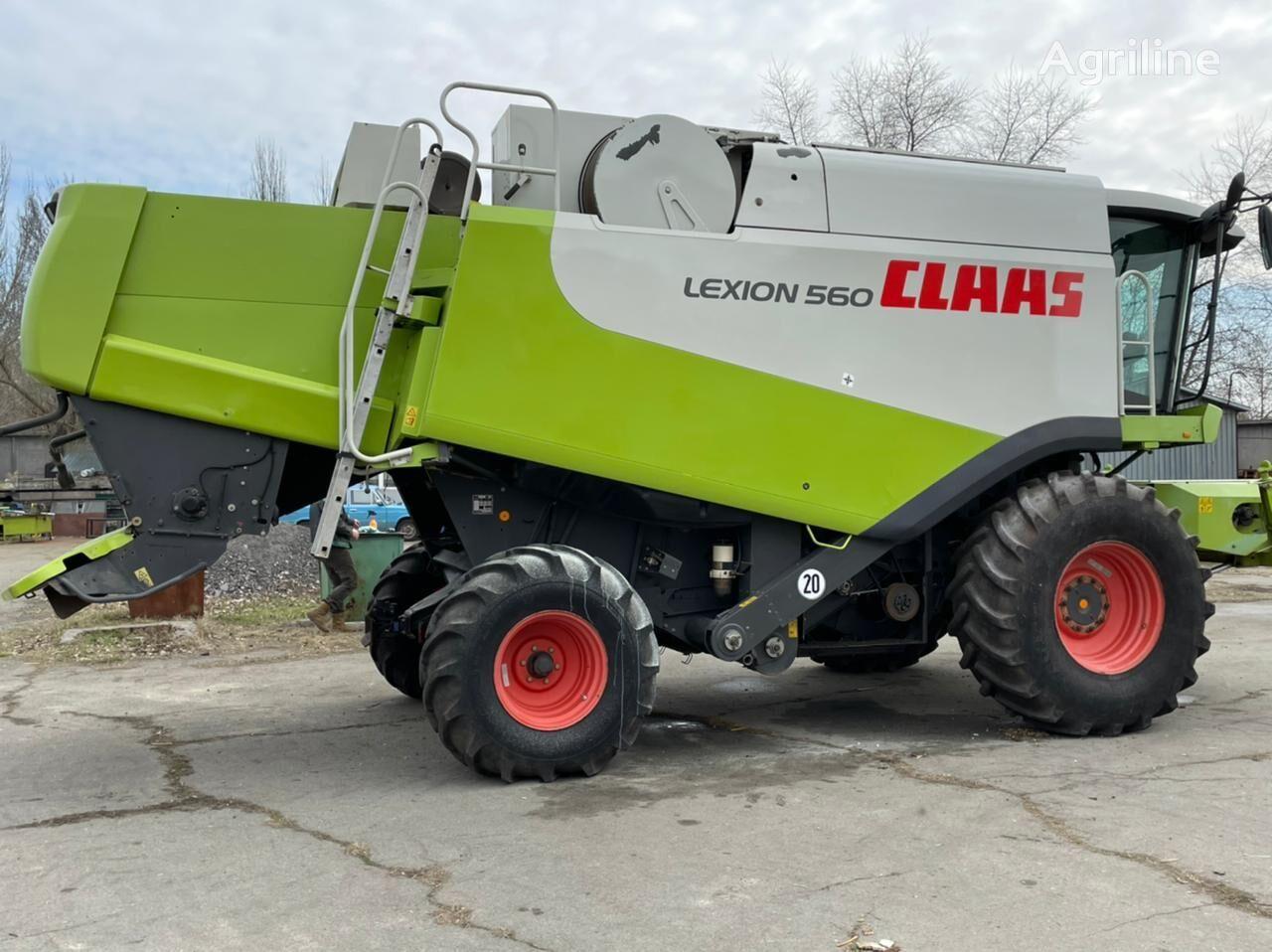 CLAAS Lexion 560 cosechadora de cereales