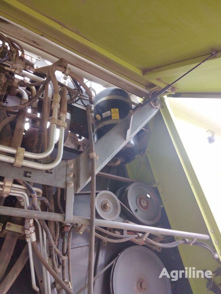 CLAAS Lexion 670 cosechadora de cereales