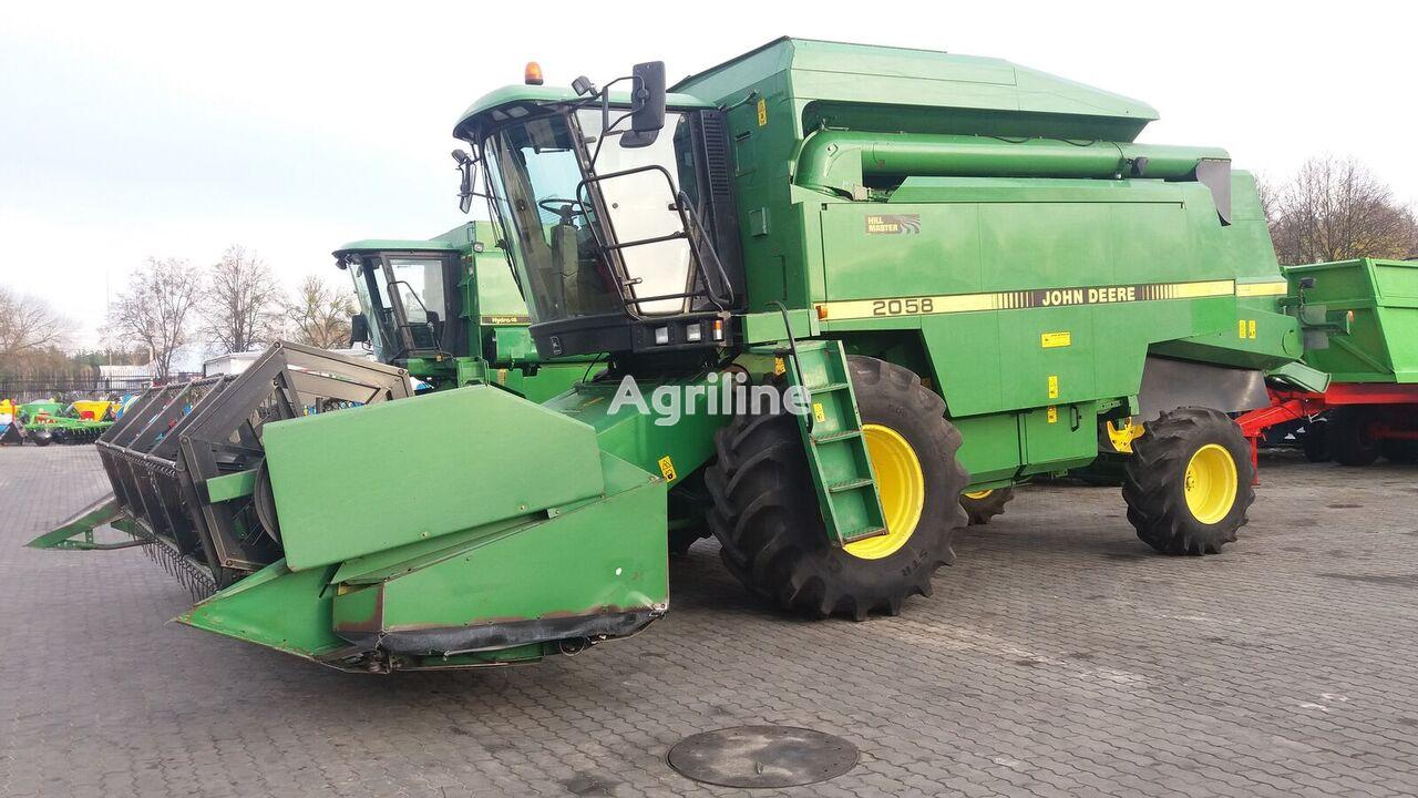 JOHN DEERE 2058 cosechadora de cereales