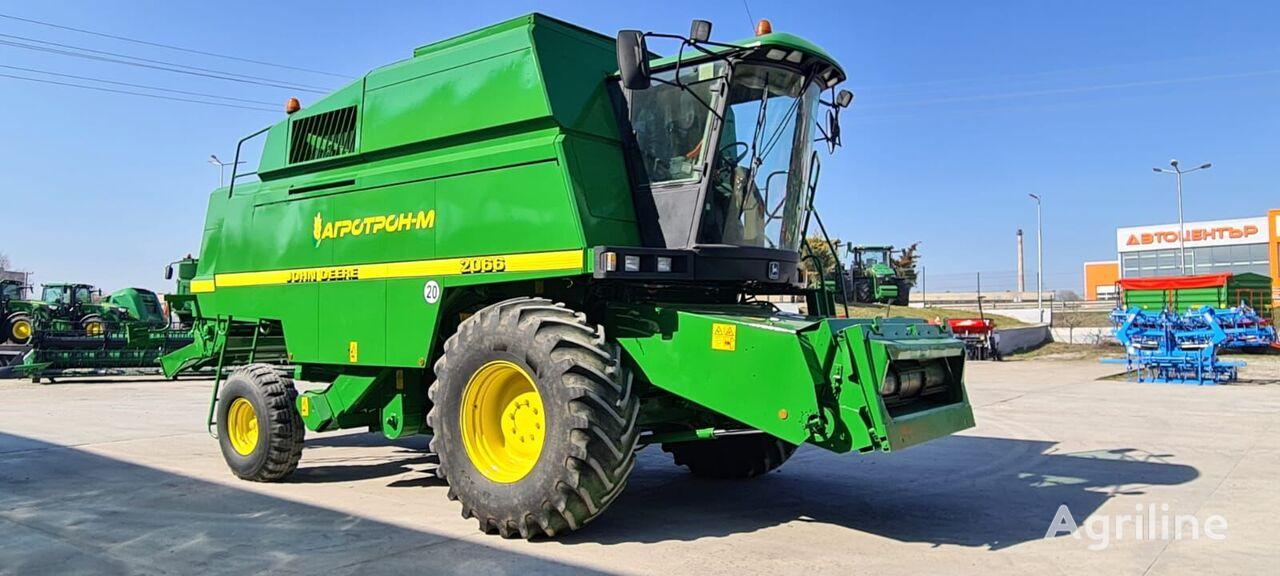 JOHN DEERE 2066 cosechadora de cereales