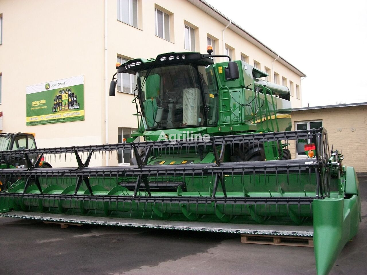JOHN DEERE S660 cosechadora de cereales