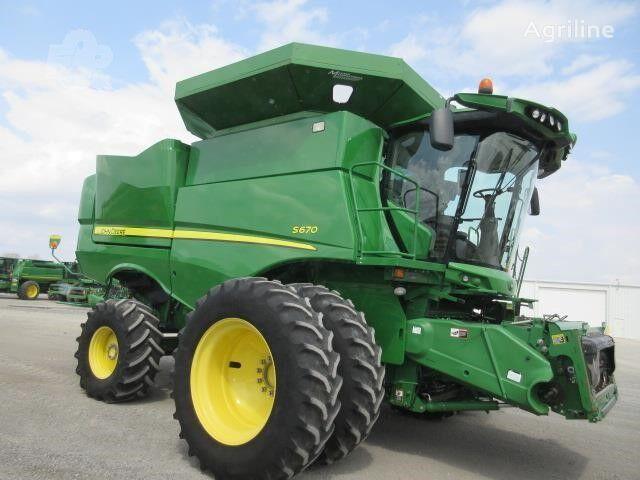 JOHN DEERE S670 cosechadora de cereales