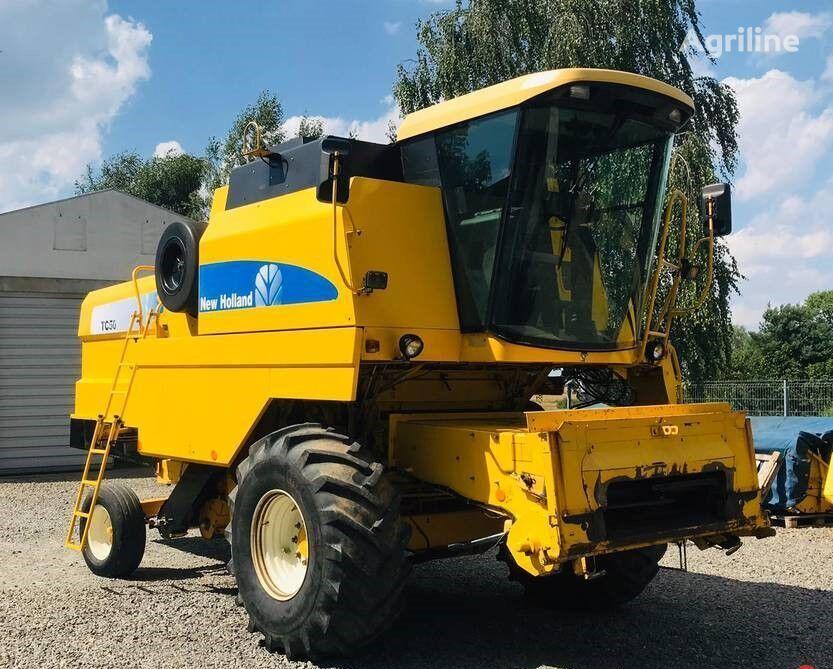 NEW HOLLAND TC56 cosechadora de cereales