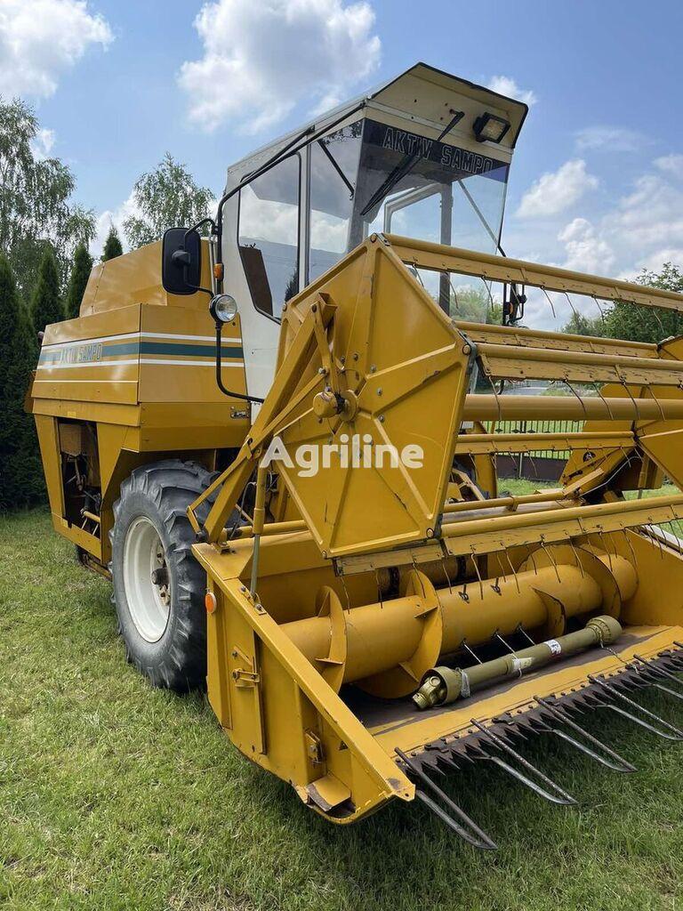 SAMPO 580 cosechadora de cereales