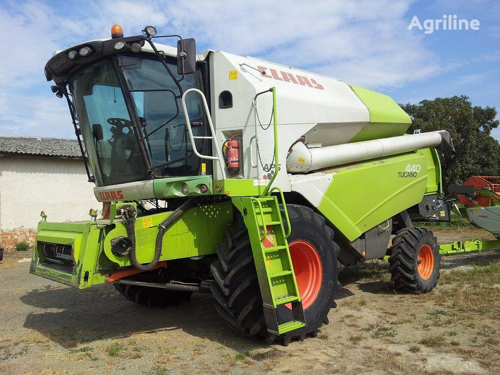 CLAAS Tucano 440 cosechadora