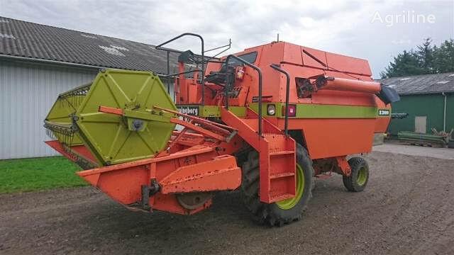 DRONNINGBORG 3000 sælges i dele/for spareparts cosechadora para piezas