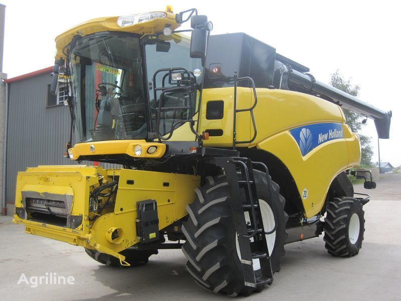 NEW HOLLAND CR 9080 Elevation HD  cosechadora