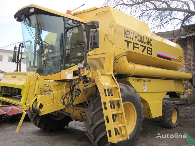 NEW HOLLAND TF 78 cosechadora