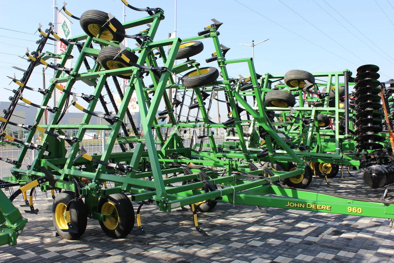 JOHN DEERE 960,  9-10-11-12 metrov cultivador de rastrojo
