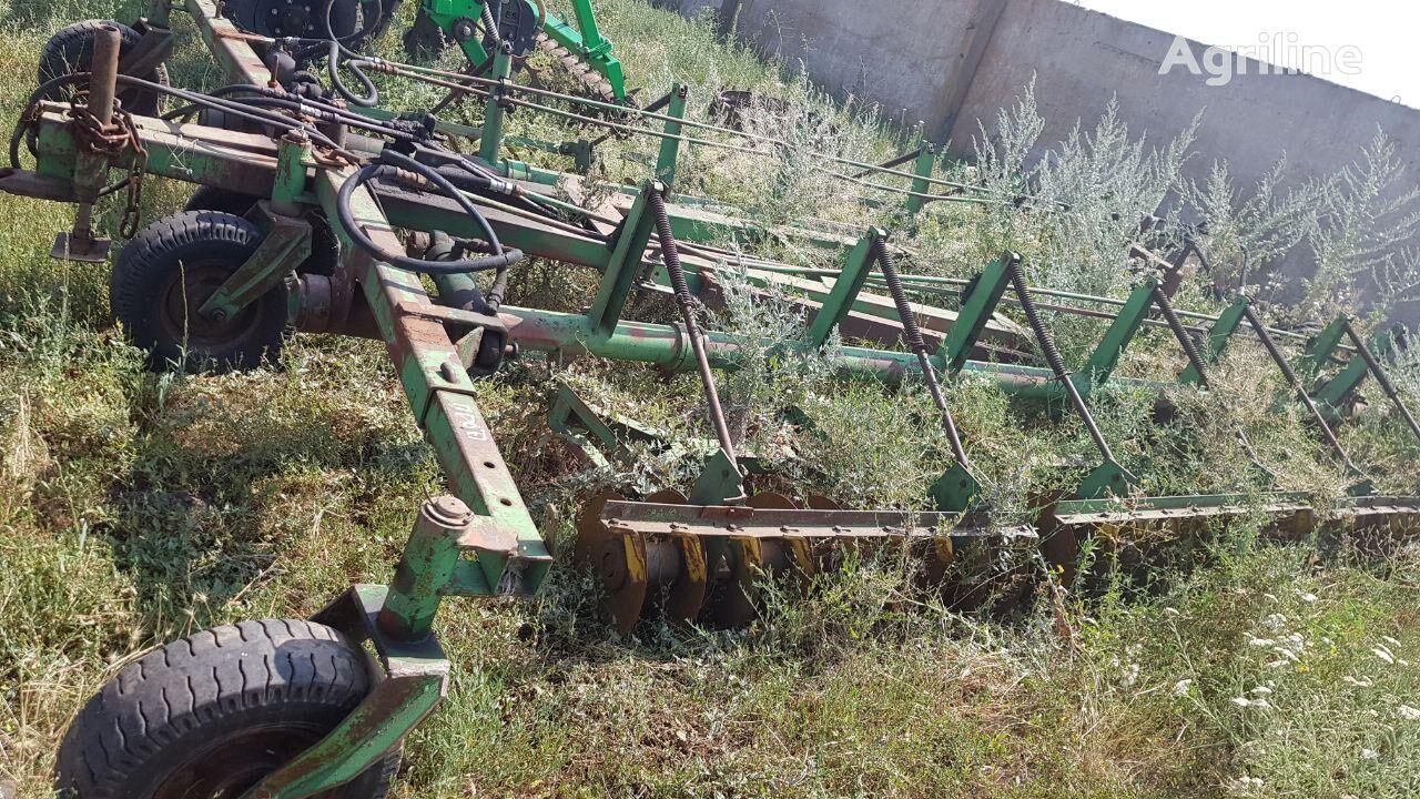 UMANFERMMASH LDG — 10 cultivador de rastrojo