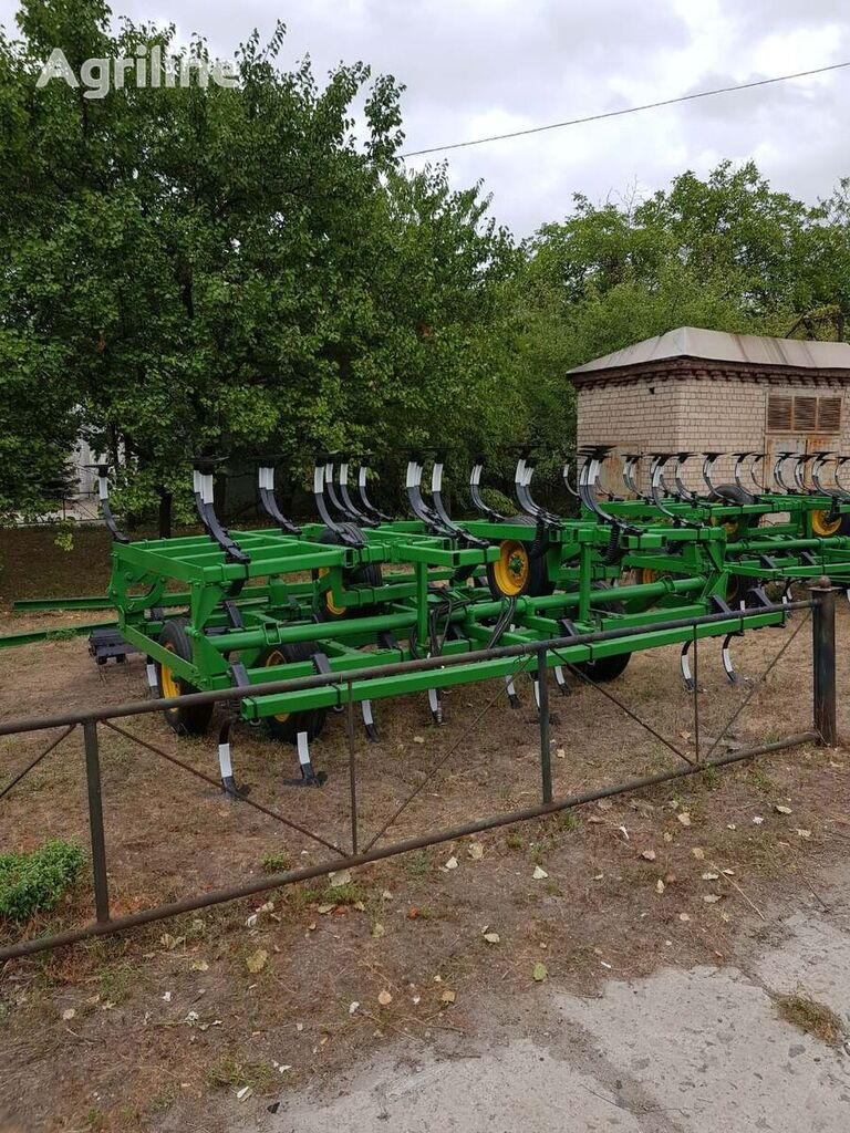 JOHN DEERE 1010   cultivador