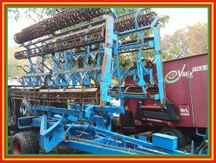 LEMKEN Kompaktor Gigant 10/800  cultivador