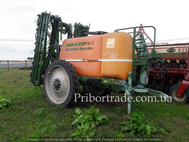 AMAZONE UX 3200 №430 pulverizador arrastrado