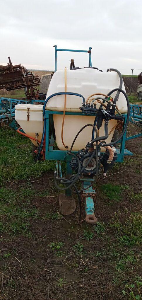 LVOVSELMASH Op 2000 pulverizador arrastrado