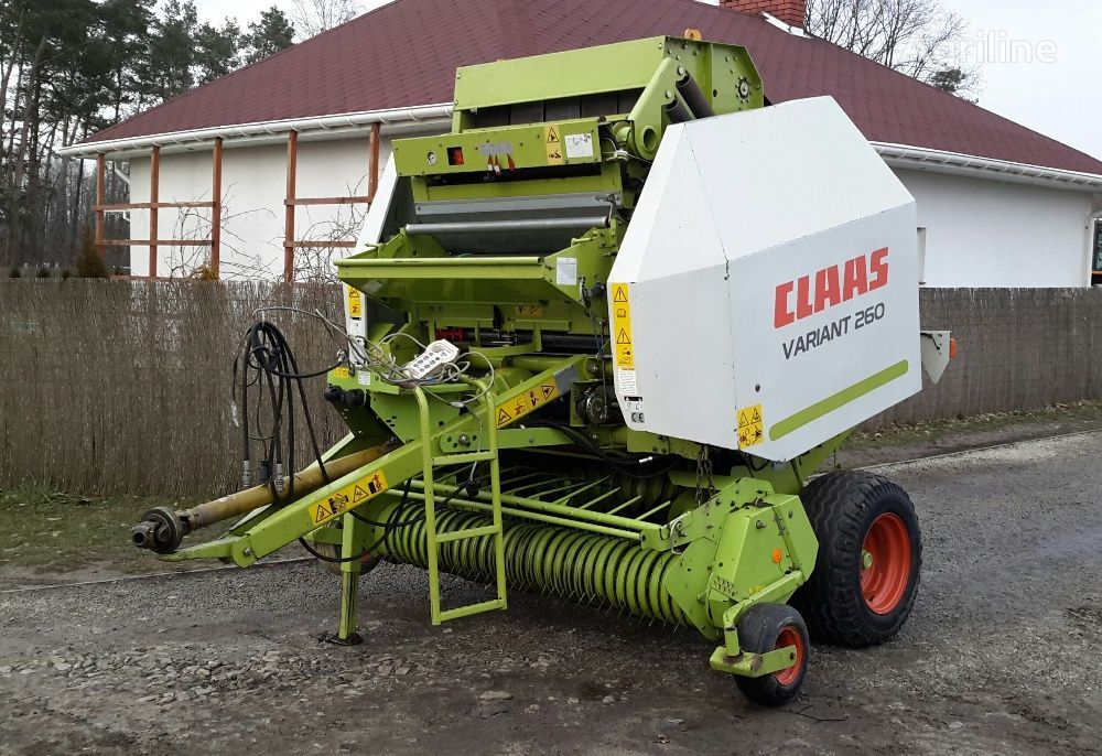 CLAAS variant 260 rotoempacadora