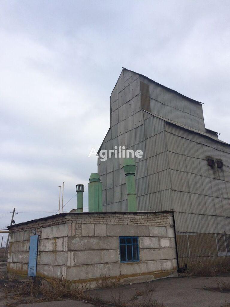 LVOVSELMASH ZS-16 secador de grano