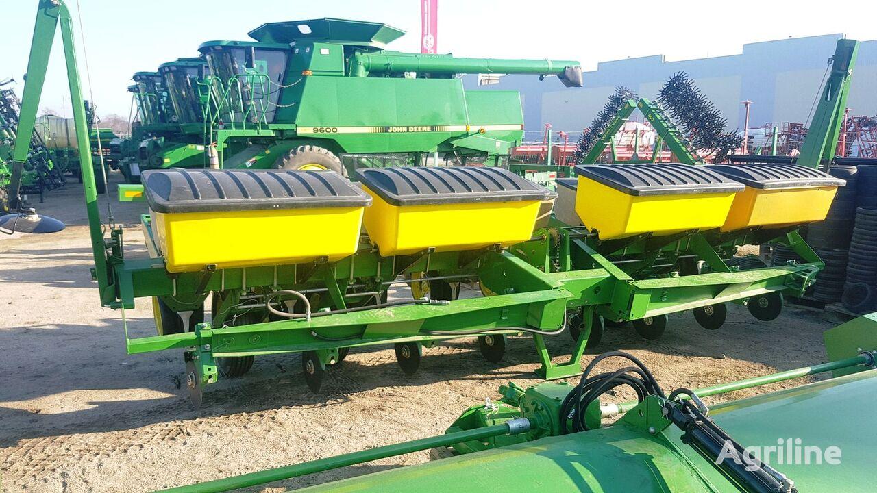 JOHN DEERE 7000 precision planting sembradora de precisión mecánica