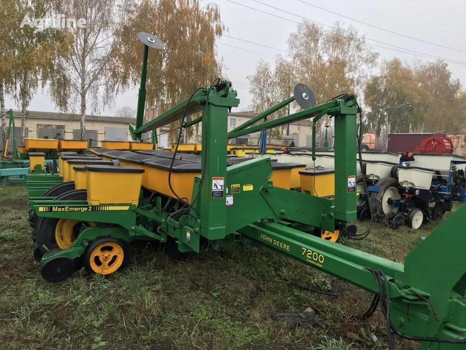 JOHN DEERE 7200 sembradora de precisión neumática
