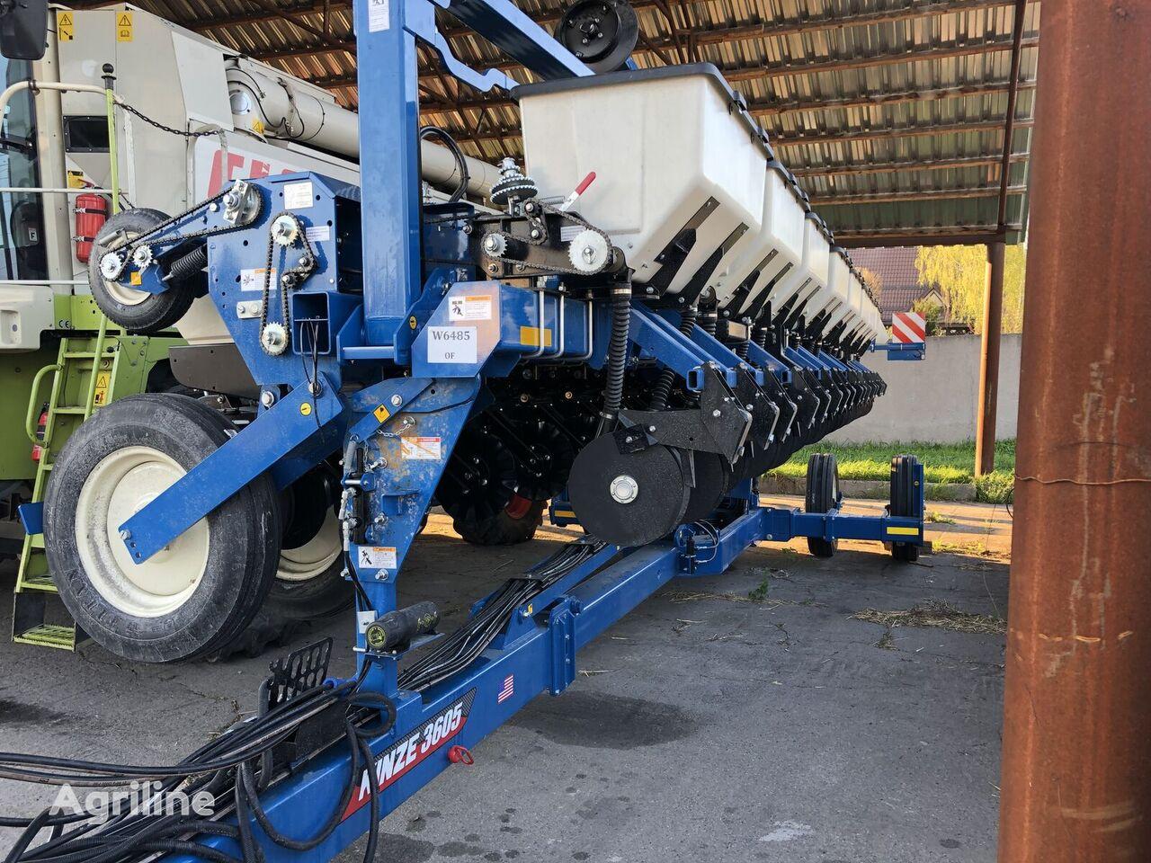 KINZE 3600 sembradora de precisión neumática nueva