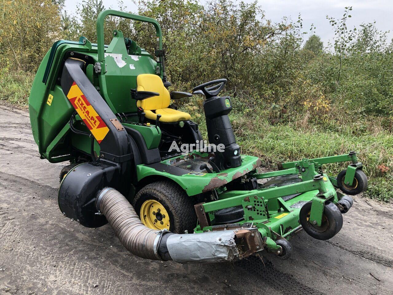 JOHN DEERE 1565 Series II 4x4 tractor cortacésped