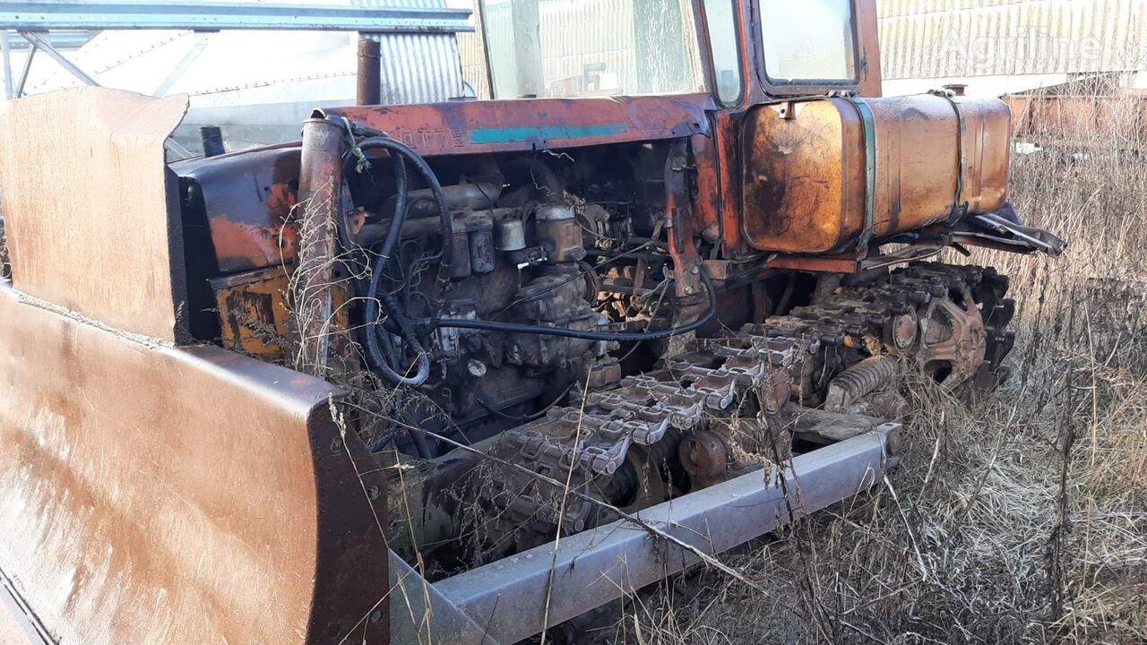 DT 75 tractor de cadenas