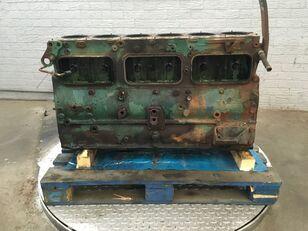 VOLVO F12 TD123ES tractor de dos ruedas