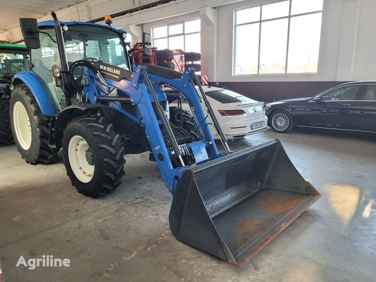 NEW HOLLAND T5.95 tractor de ruedas