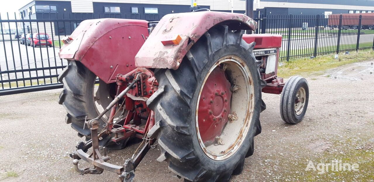 CORMICK 644 tractor de ruedas