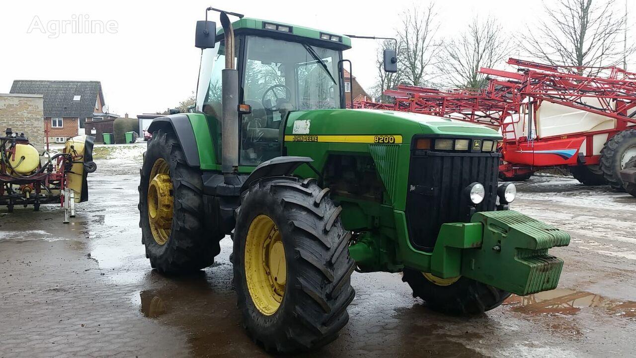 JOHN DEERE 8200 tractor de ruedas