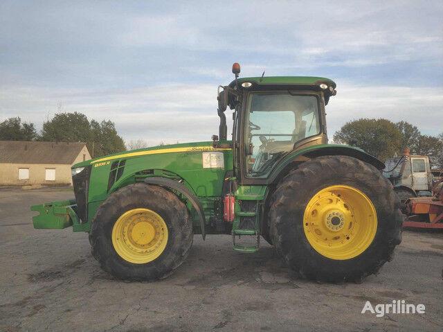 JOHN DEERE 8335R №911 tractor de ruedas