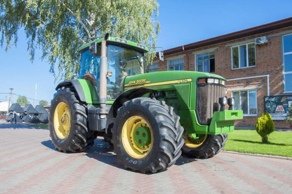 Venta De John Deere 8410 Tractores De Ruedas De Ucrania