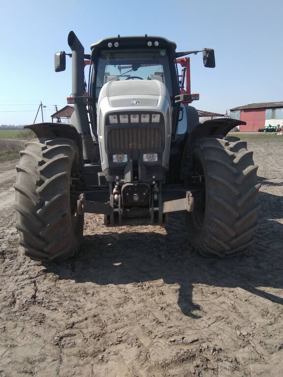 LAMBORGHINI  R7.220 DCR v Lizing tractor de ruedas
