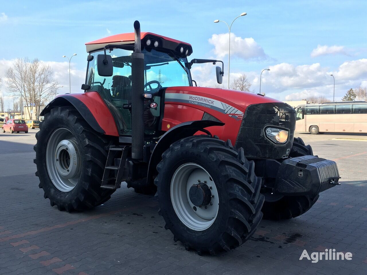 MCCORMICK TTX 230 XTRASPEED tractor de ruedas