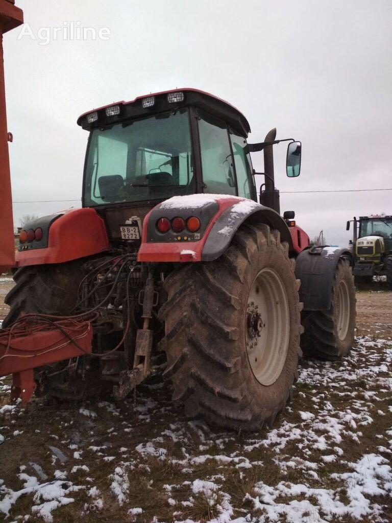 MTZ 3522 tractor de ruedas