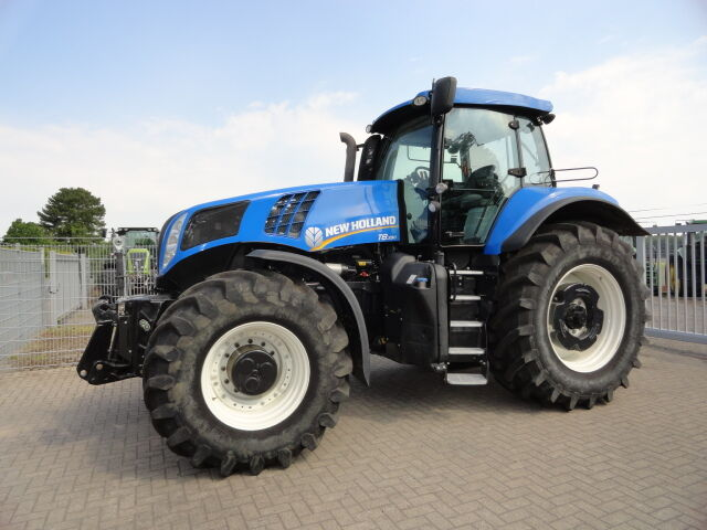 tractor de ruedas NEW HOLLAND T 8.390 UC
