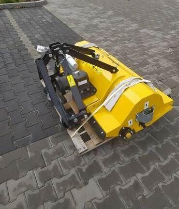 MUC 120 trituradora desbrozadora
