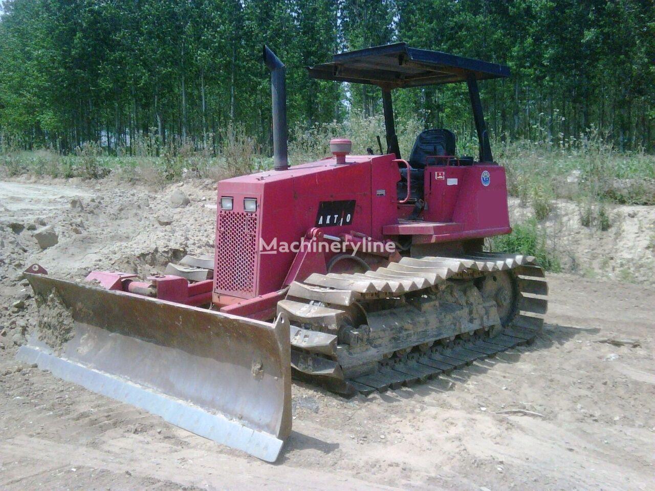 CATERPILLAR D 3 C bulldozer