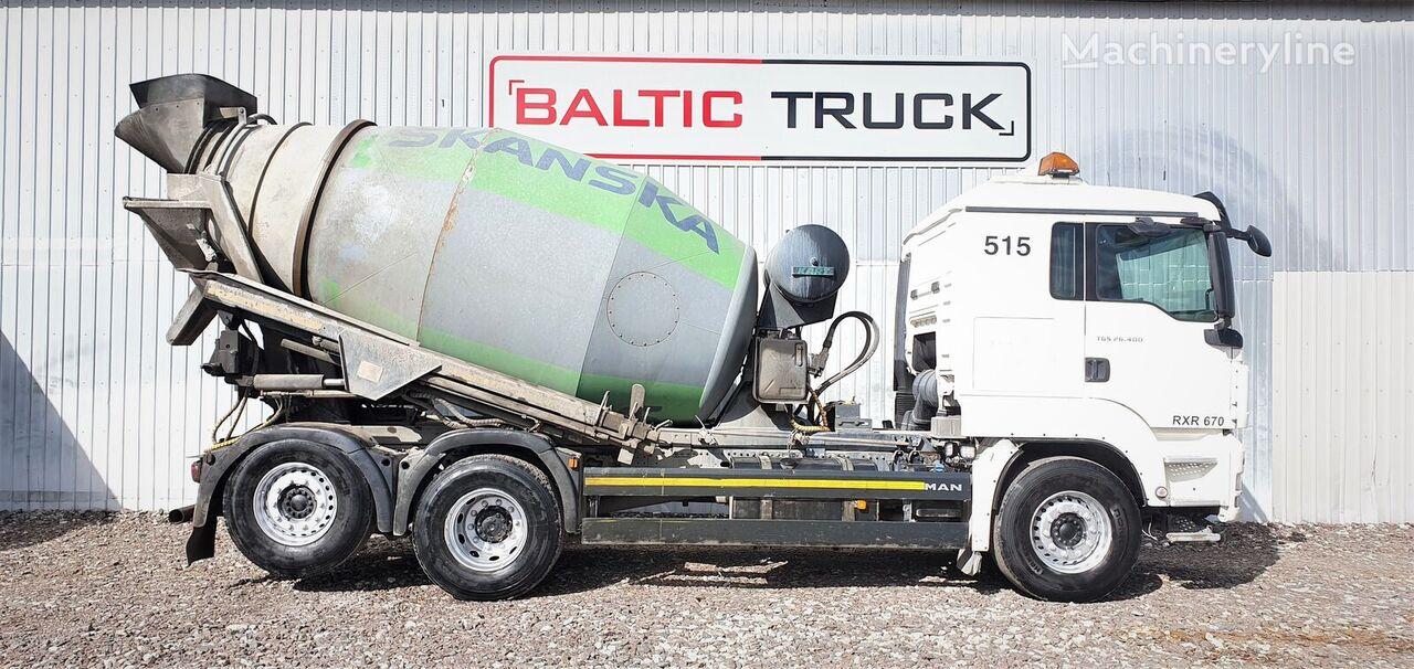 MAN TGS 26.400 + HYDRAULIC PIPE camión hormigonera