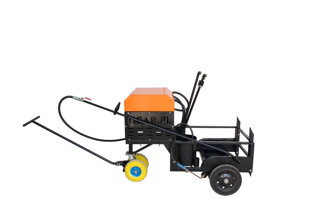 cisterna de riego asfáltico Bitumen emulsion sprayer BS-200 nueva