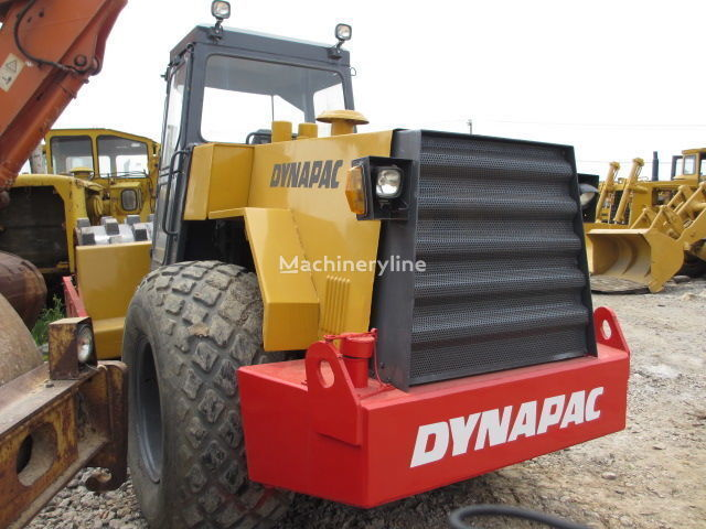 DYNAPAC CA30PD compactador de tierra