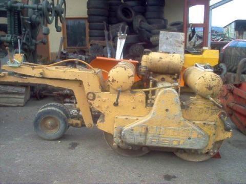 DUOMAT R 90 compactador manual