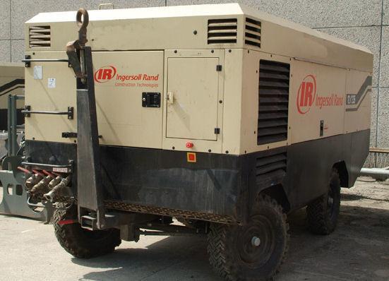 INGERSOLL RAND 21/215 XHP760 compresor