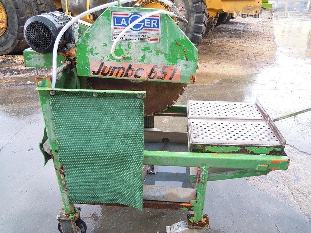 JUMBO 651 cortadora de asfalto