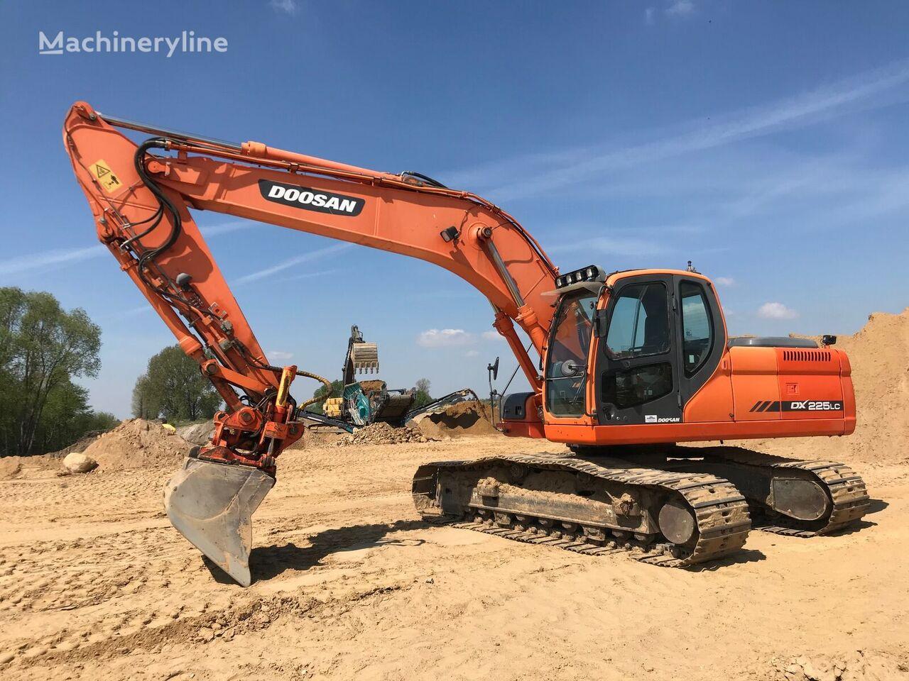 DOOSAN DX225 excavadora de cadenas