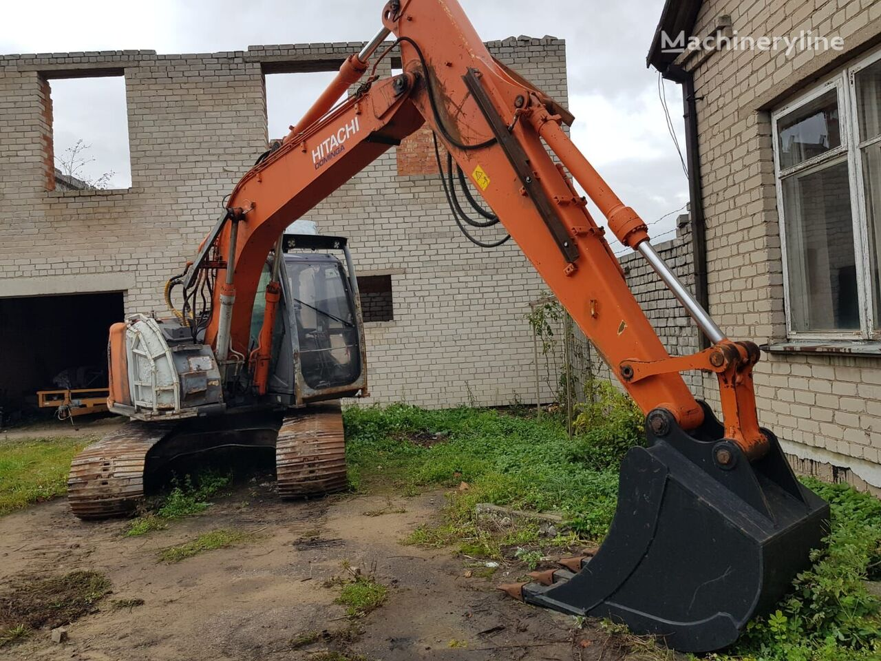 HITACHI ZX135 excavadora de cadenas