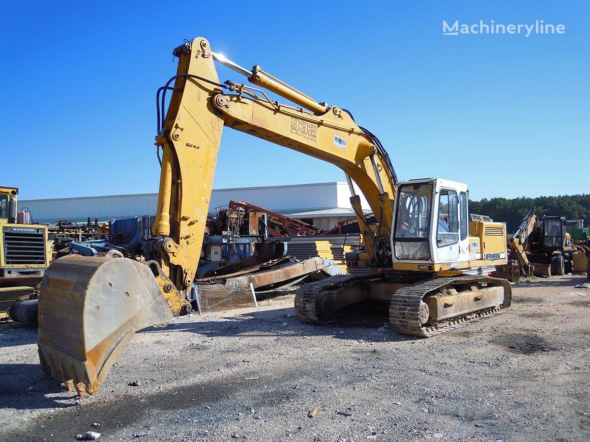 LIEBHERR R932HDSL excavadora de cadenas