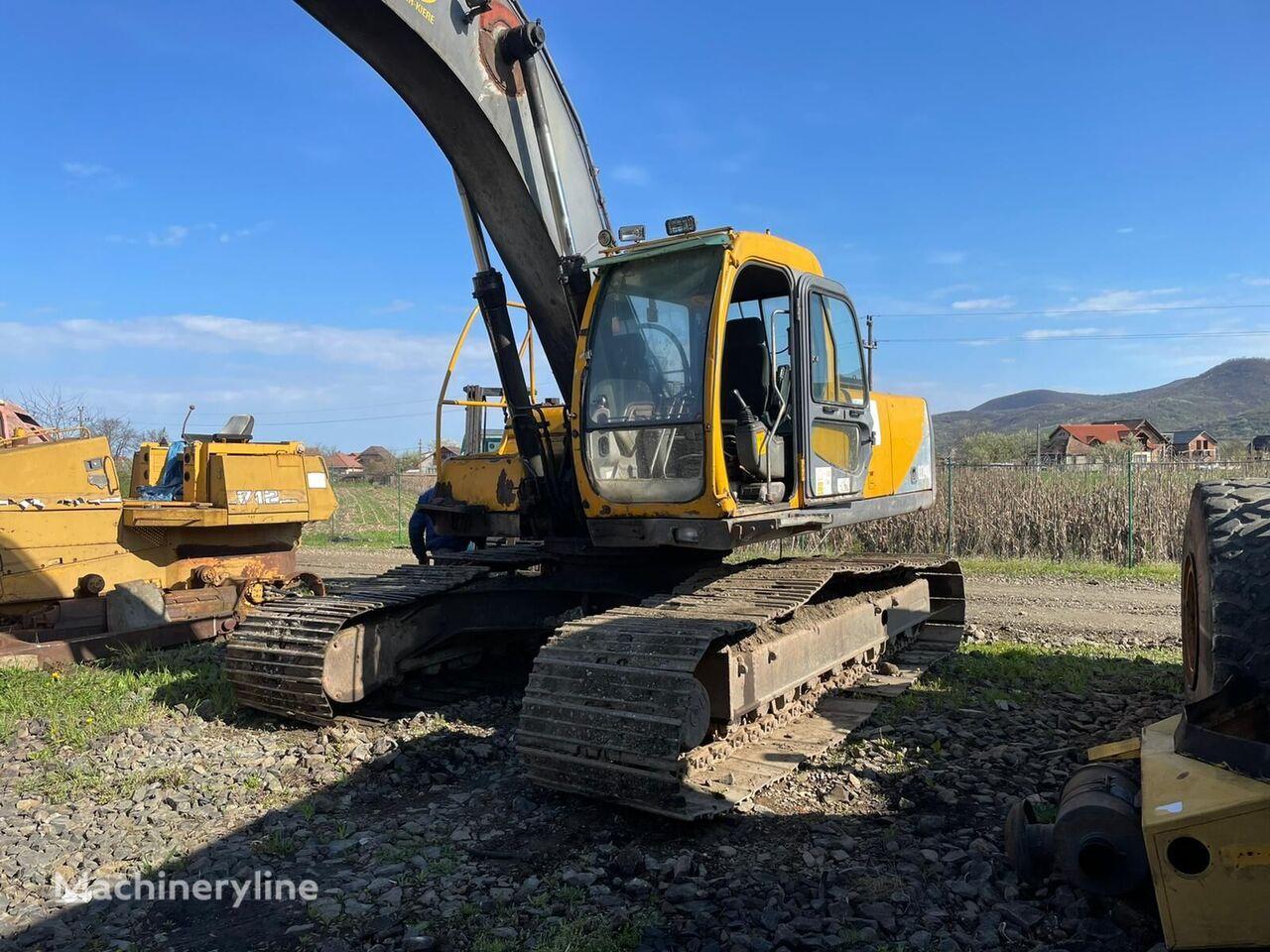 VOLVO EC 240 (for parts) excavadora de cadenas para piezas